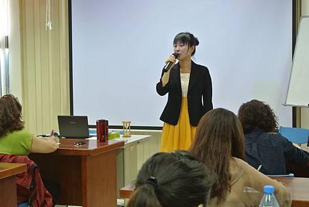 103.04.09-美容講師管理學院-伍靖薰老師-8.JPG