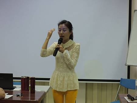 103.04.09-美容講師管理學院-顏士紅老師-2.JPG