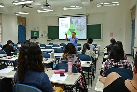 103.11.26-嘉義大學-生物系-經營團隊與領導管理-詹翔霖教授