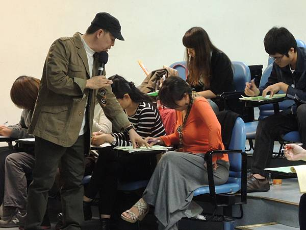 103.12.08-創業學堂-創業家應有觀念與管理-詹翔霖教授