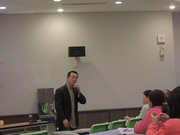 104.07.24-多元就業開發方案-進用人員訓練-情緒紓壓與自我調適-詹翔霖教授