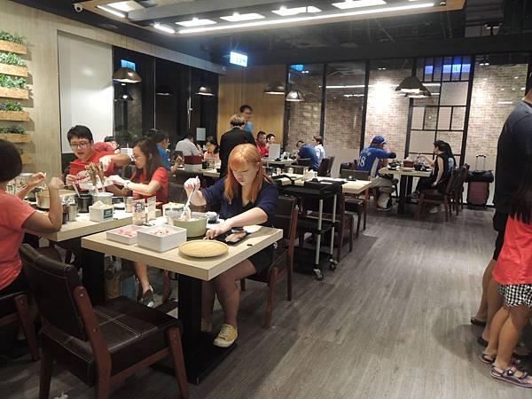 創業典範-主題特色經營管理-星野肉肉鍋餐廳-詹翔霖副教授
