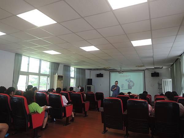 生涯教育講座- 看到自已優點與天才-詹翔霖副教授
