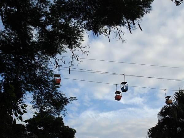 纜車看起來有點可怕