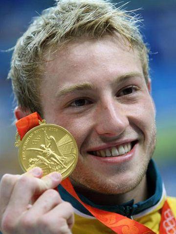 mitchum-gold-medal-closeup.jpg
