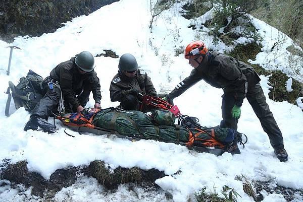 高寒地救援訓練班2