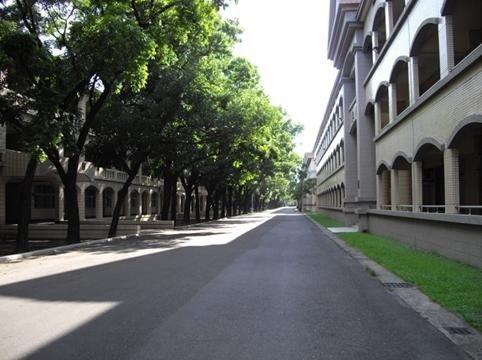 教育大樓1
