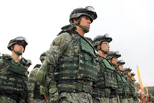 軍人退伍俸給制度