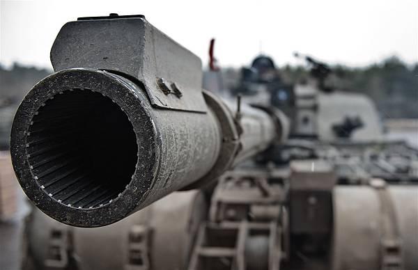 戰車滑膛砲
