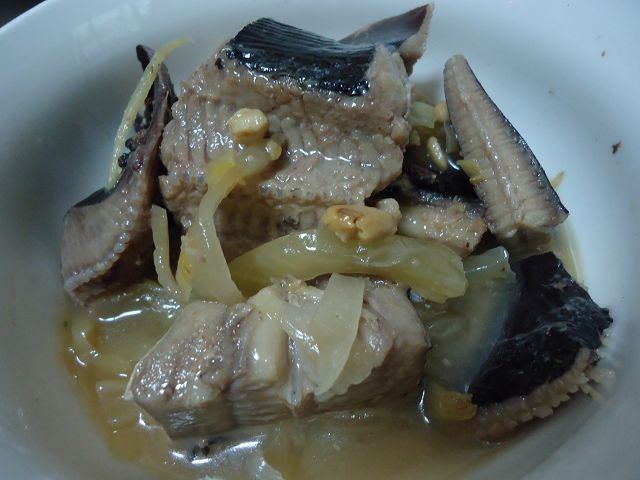 魟魚燜鹹菜白豆鼓