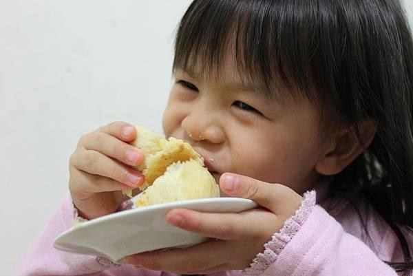 吃餅一.JPG