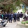 日本參訪團,還有大型攝影機隨行拍攝