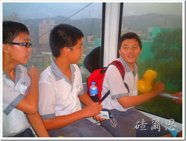 2010竹塘國中畢業旅行 042
