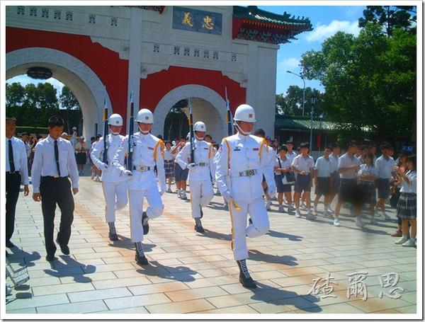 2010竹塘國中畢業旅行 016