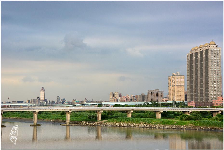 新莊新月橋7.jpg