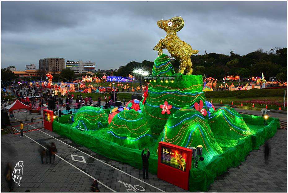 台北燈會夜間1.jpg