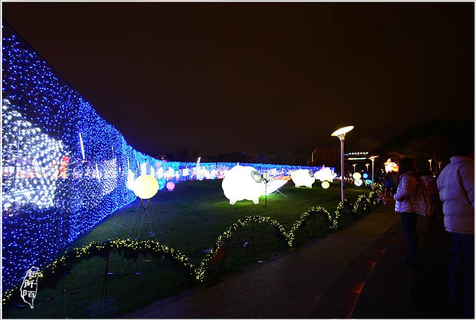 台北燈會夜間8.jpg