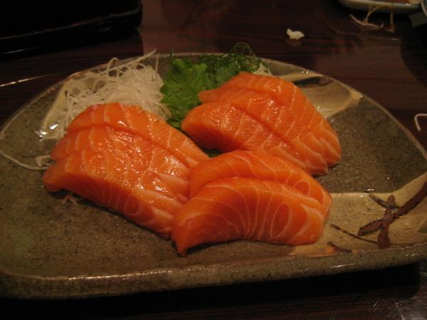 油油亮亮..入口即化的鮭魚