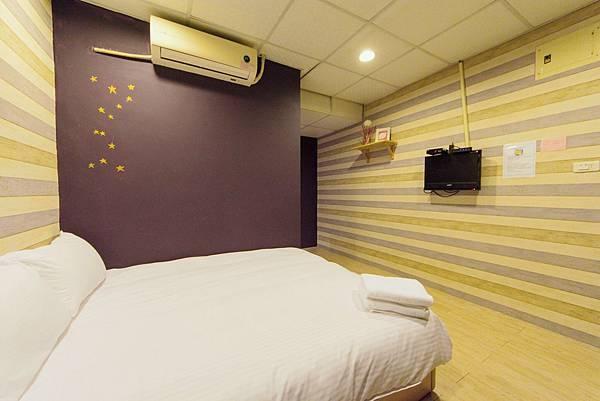 302迷幻紫羅蘭二人房