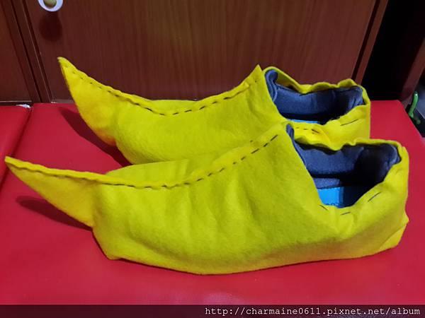 小丑鞋.jpg