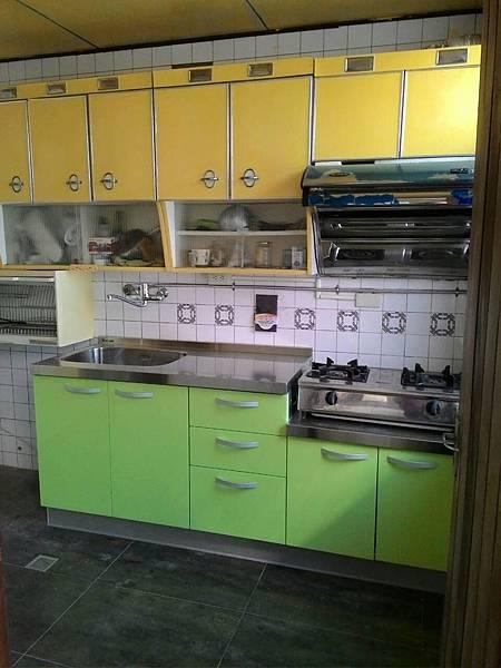 完工的廚房3