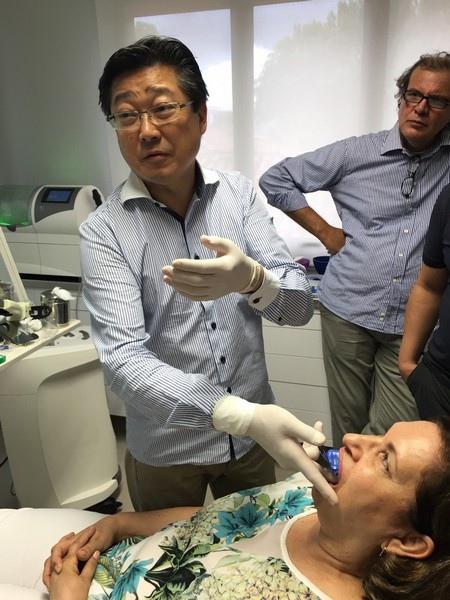 陶瓷貼片都很假嗎?權泓牙醫黃泓傑醫師巴西SKYN取經紀實 (9)