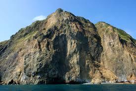 龜岩巉壁.jpg