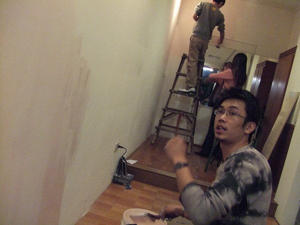 暿!今天是油漆工!