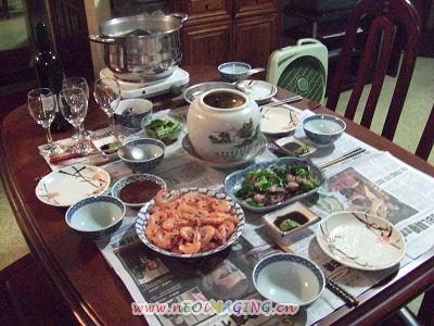 三個人ㄉ年夜菜~配ㄉ是紅酒加小米酒