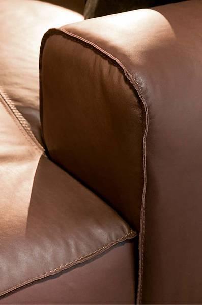 義大利沙發 義大利傢具 進口沙發 進口傢俱 牛皮沙發推薦 夏圖 Chateau d'AX