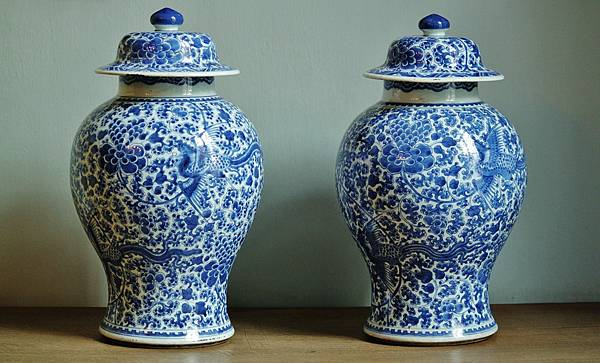 vases-379407_1280.jpg