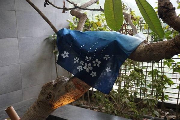卓也小屋手作藍染方巾2