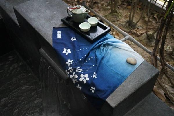 卓也小屋手作藍染方巾1
