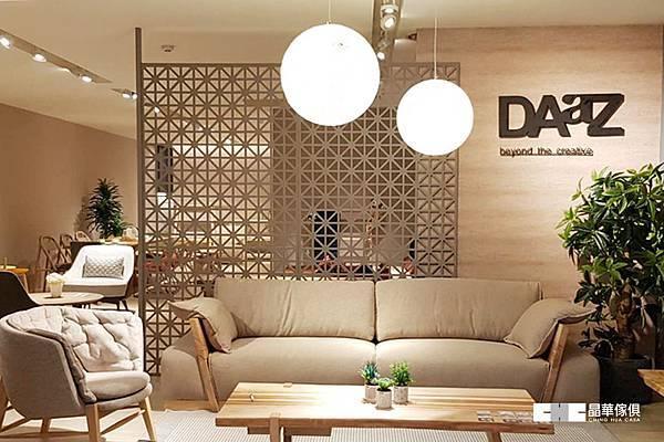DAaZ-1.jpg