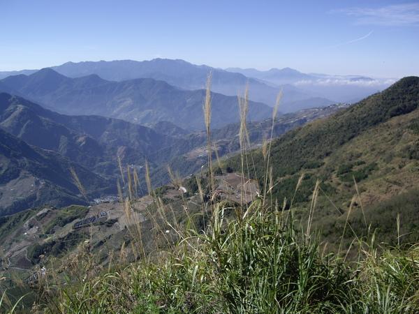 美麗山景2.JPG