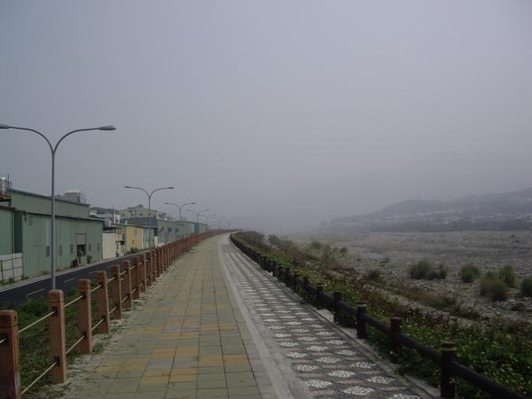 行水區旁自行車道全貌.JPG