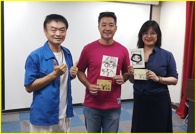 1-胖哥請阿傑老師及Caricature 肖相畫高手-佳惠老師簽名並贈送3D賀卡當見面禮.jpg