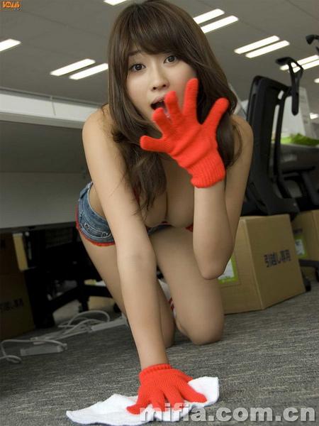 美女清潔工2.jpg