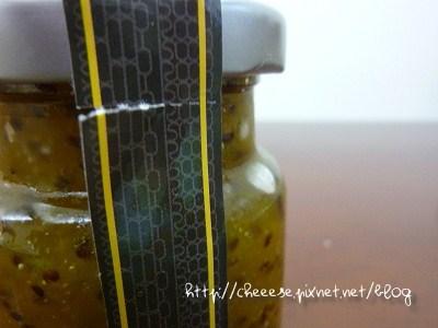 果醬瓶身封條小字