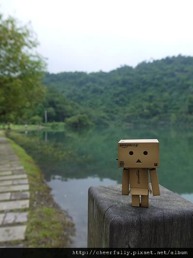 小愣來到梅花湖1