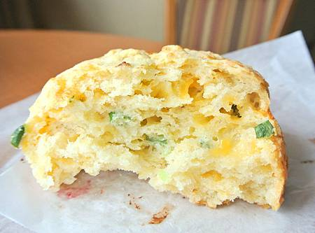 Tillamook cheese biscuit-2