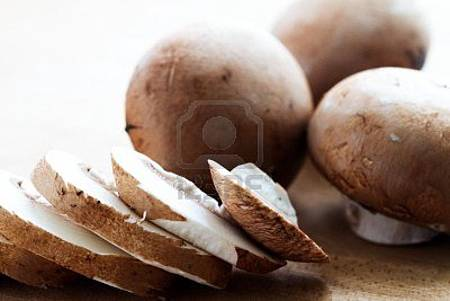 13944073-baby-bella-mushrooms-sliced-and-whole