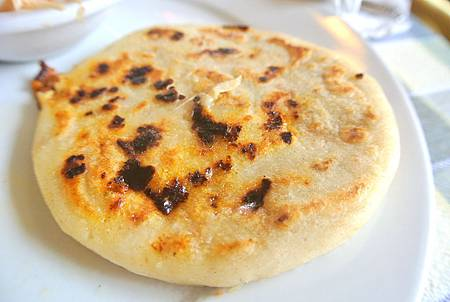 Chorizo cheese pupusas-1