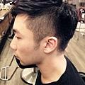 台北東區Rainbow Hair 設計師Cheetah作品----流行時尚髮型,東區男生剪髮燙髮,男生短髮,熟男髮型,復古油頭,燙彎度,蓬鬆度,不連接剪法,個性風格