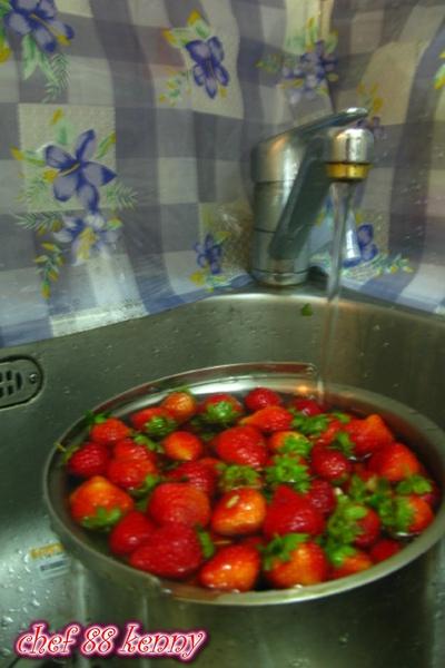 新-草莓果醬 001.jpg