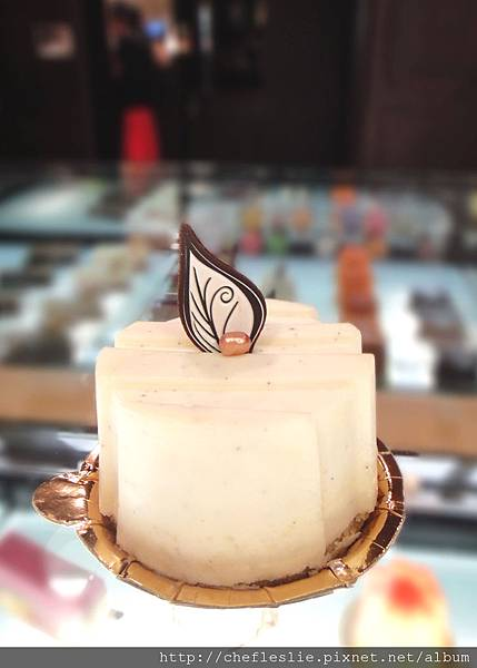 白巧克力起司蛋糕 (White chocolate cheesecake) NTD$130.