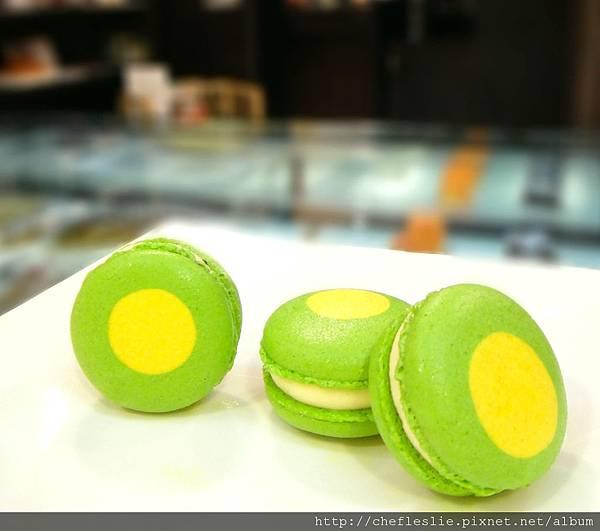 小金桔馬卡龍(Macaron au Kalamansi) NTD$50.