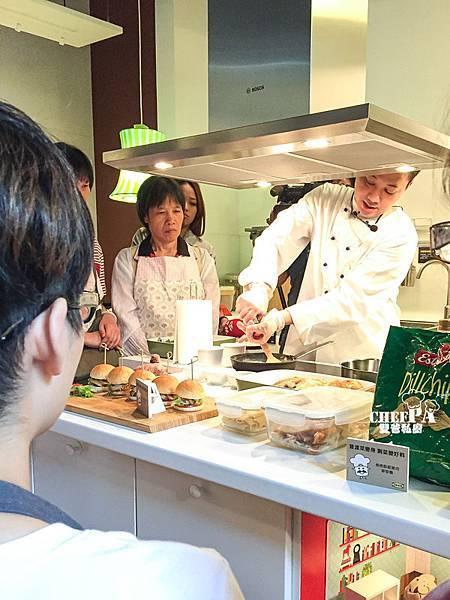 『雙爸私房菜單-普渡菜變好料』掌握技巧剩菜變好料