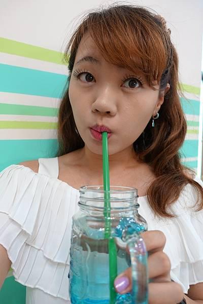 遠東特級藍綠藻錠9.JPG