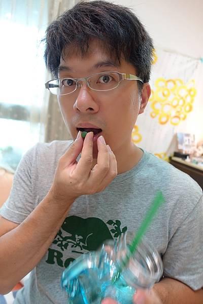 遠東特級藍綠藻錠12.JPG